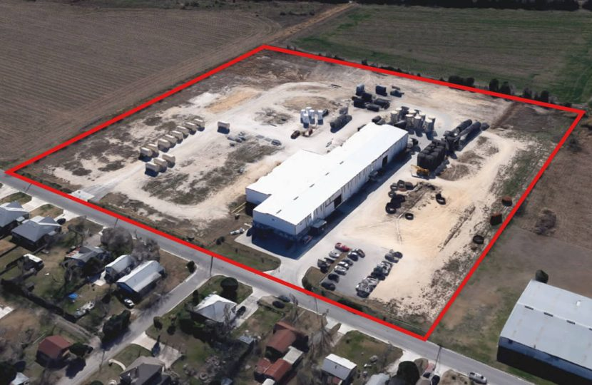 Photo of property 501 E. Baxter Industrial