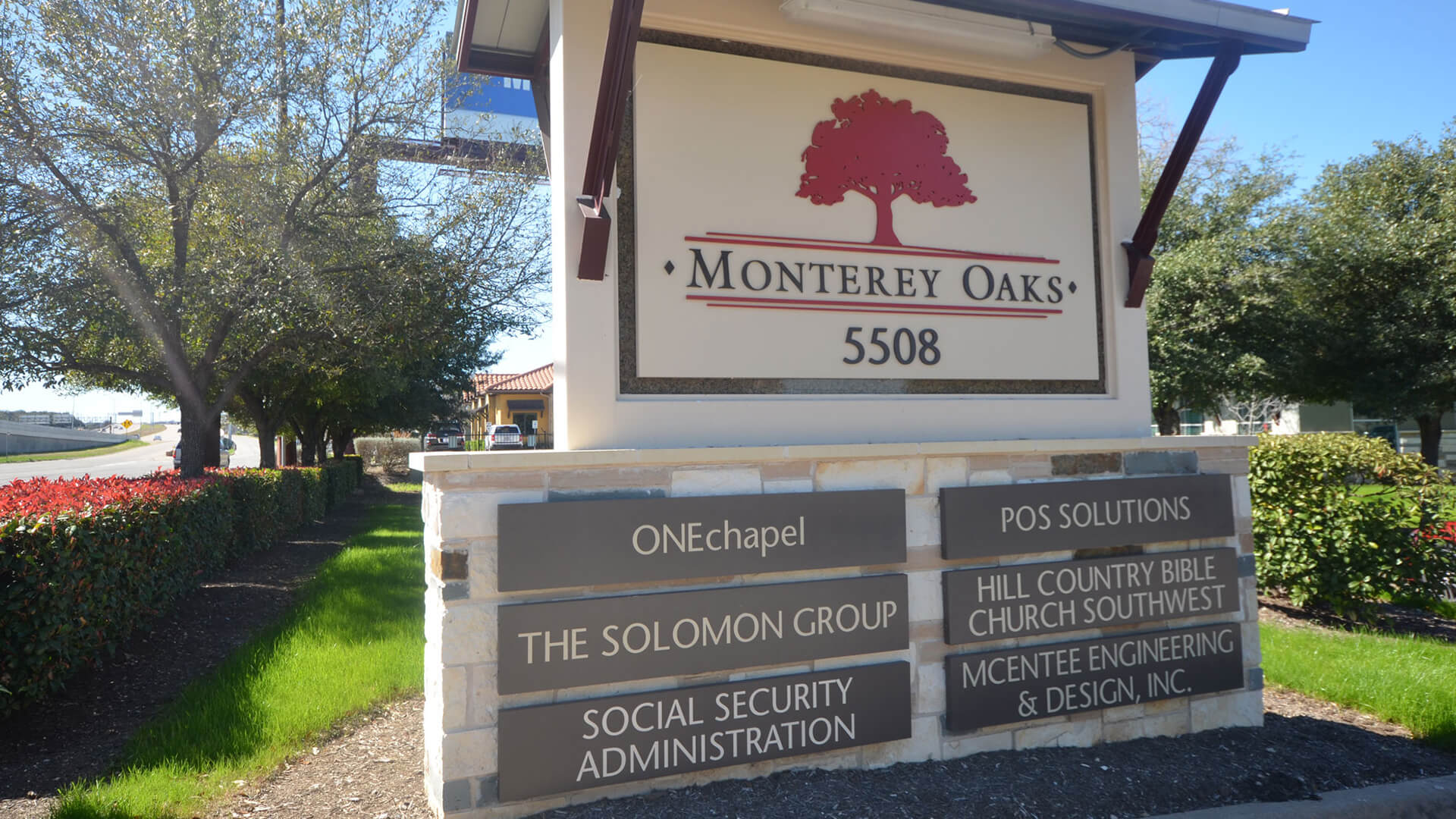 5508 W Hwy 290 Monterey Oaks Office Sign